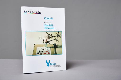 """Heft Printversion """"Daniell-Element – Im Spannungsfeld der Elemente"""""""